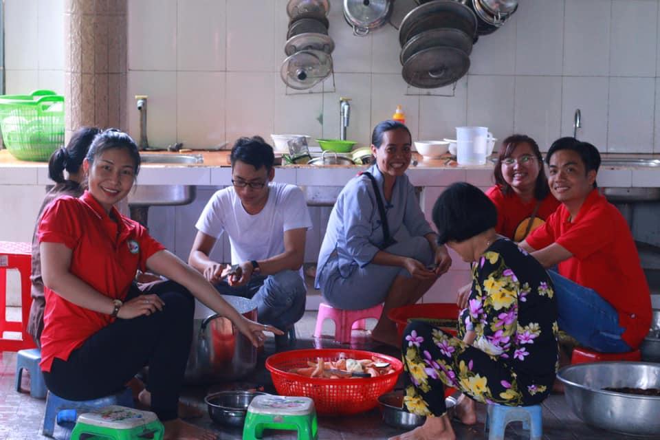 Team rửa chén