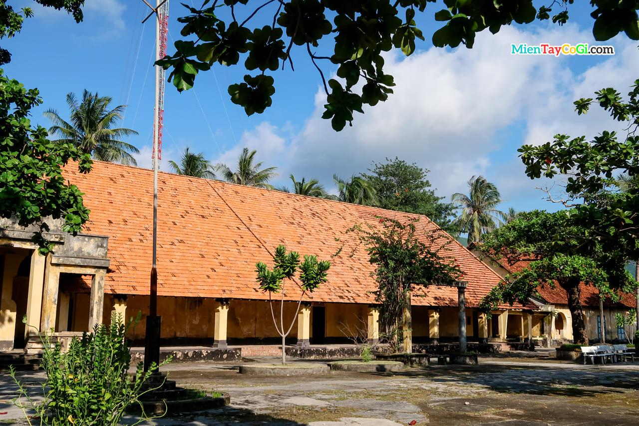 Bên trong trại giam Phú Hải Côn Đảo