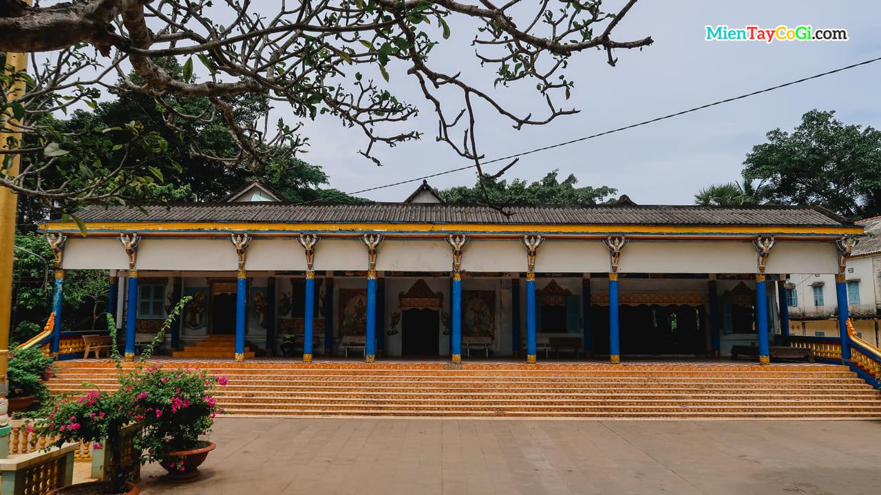 Dãy nhà Sala chùa Dơi