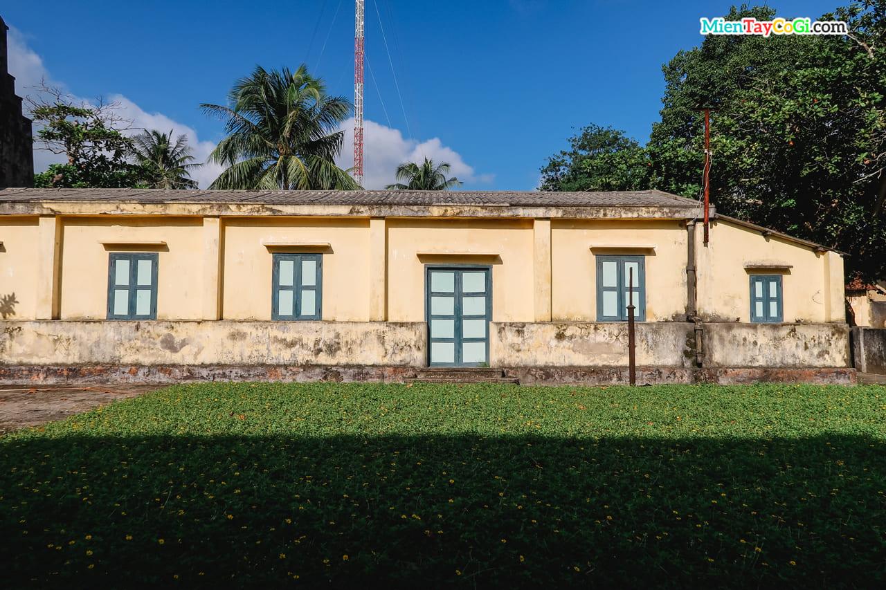 Nhà tù Côn Đảo cũng có nhiều góc nhìn đẹp