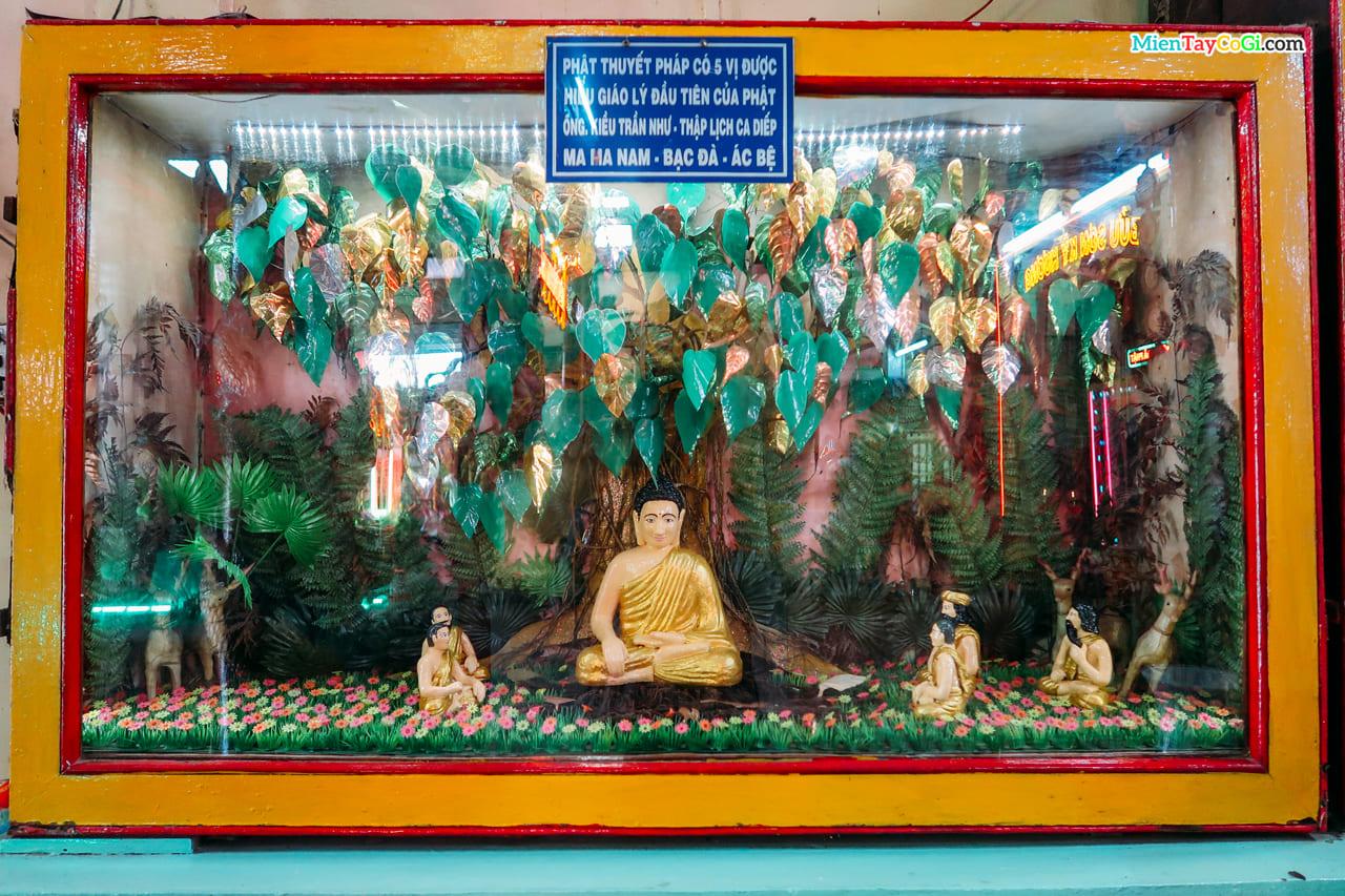 Mô phỏng Phật giảng dưới gốc bồ đề