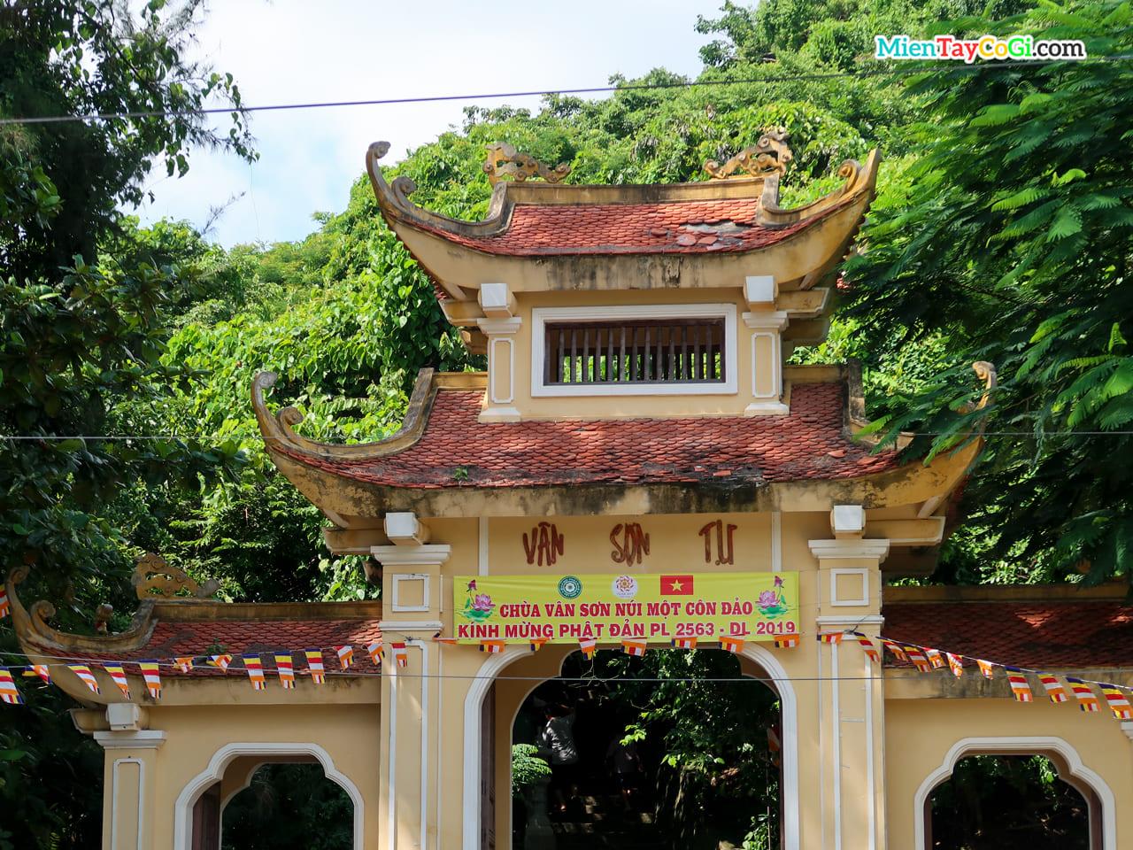 Vân Sơn Tự tại Côn Đảo
