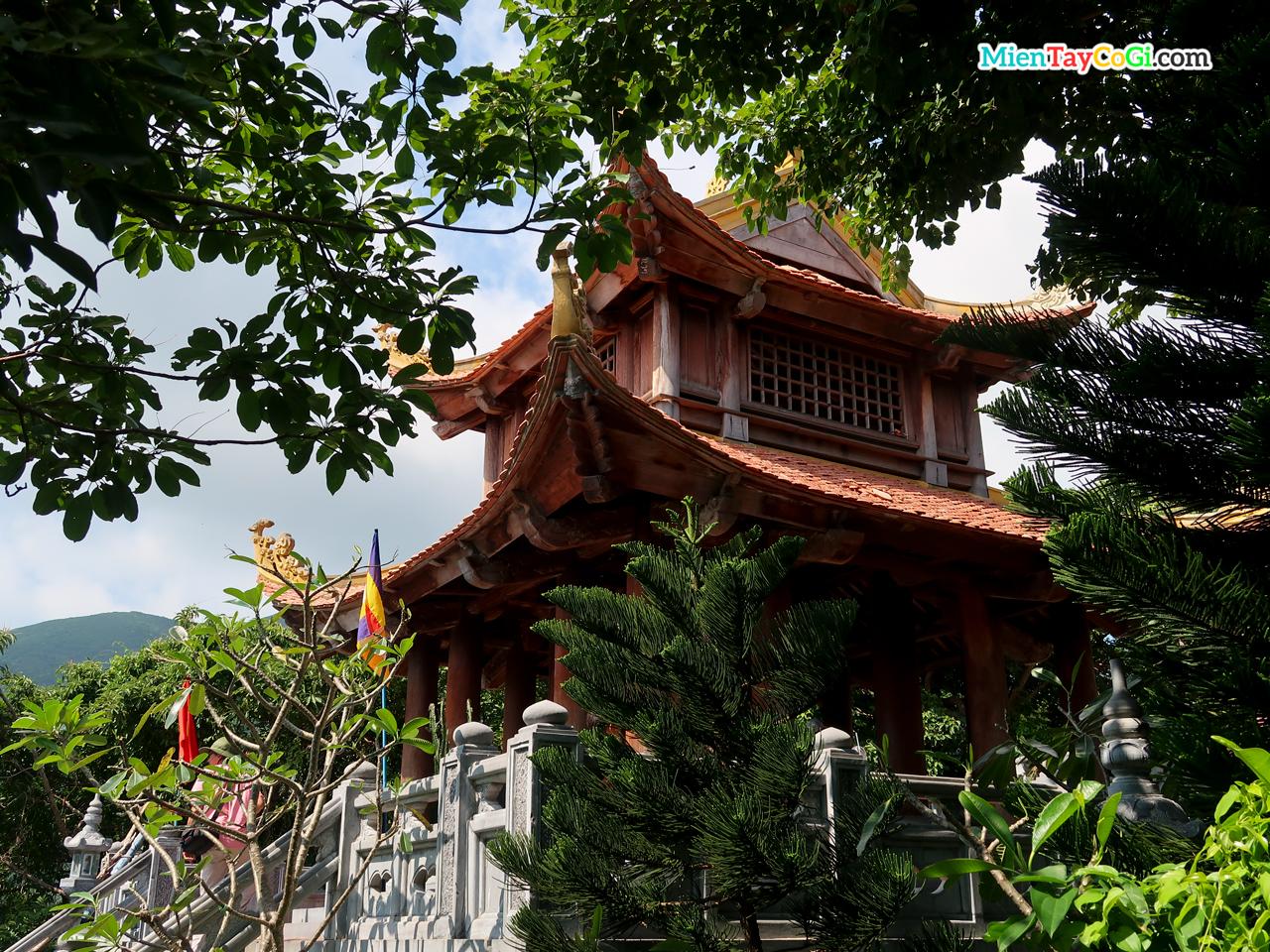 Vân Sơn Tự | Ngôi chùa DUY NHẤT tại Côn Đảo có gì đặc biệt