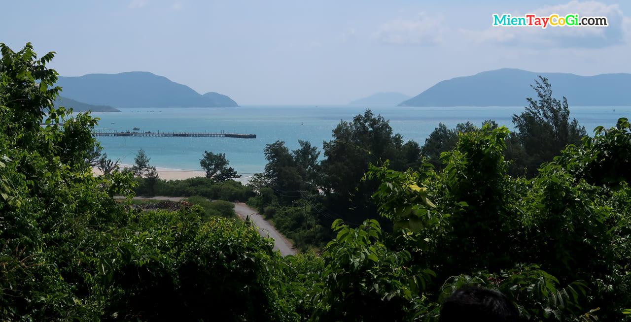 View biển của Vân Sơn Tự