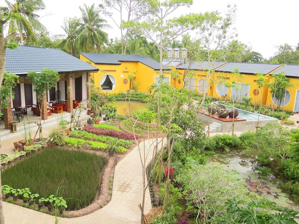Không gian bên trong Bình Minh Eco Lodge