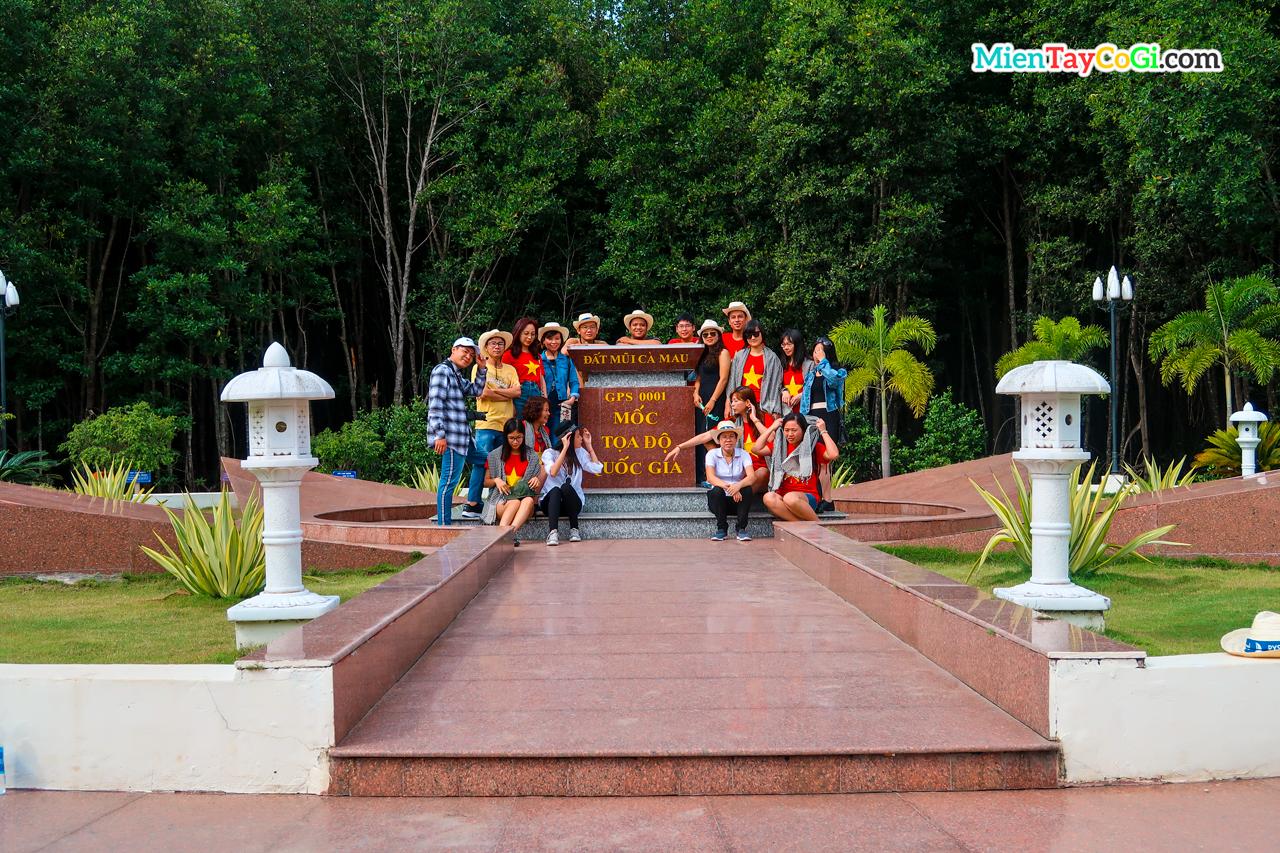Check in cột mốc tọa độ quốc gia Cà Mau
