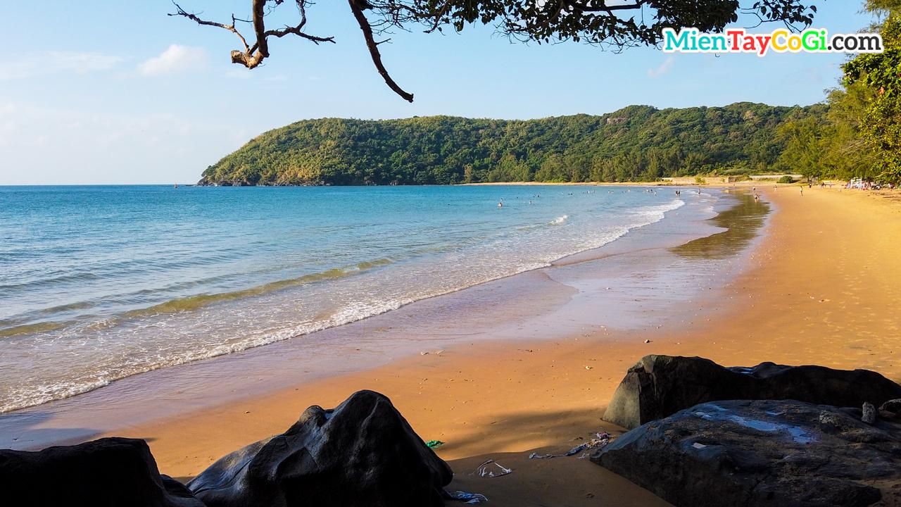 Dam Trau Beach in Con Dao