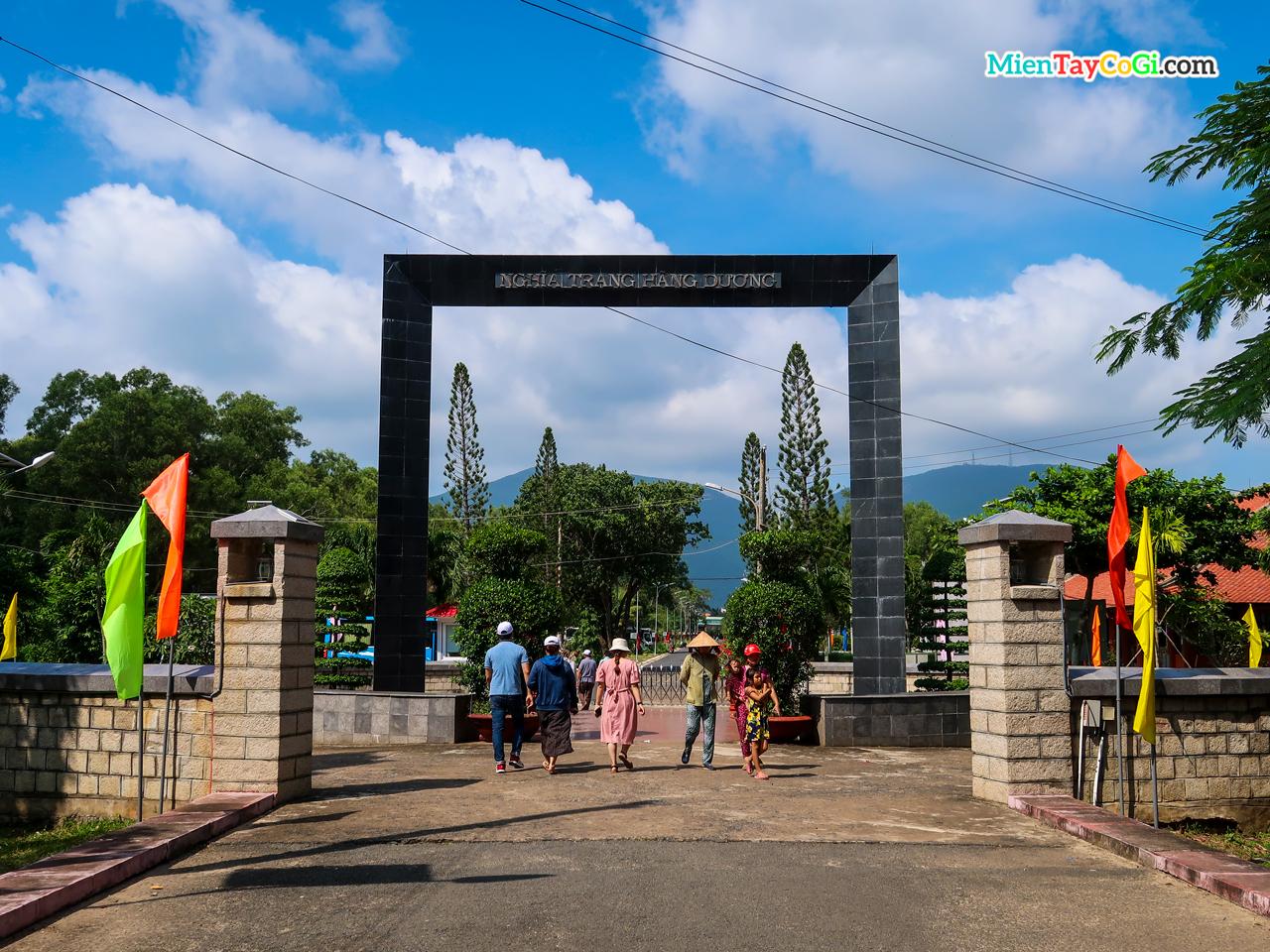 Nghĩa trang Hàng Dương Côn Đảo