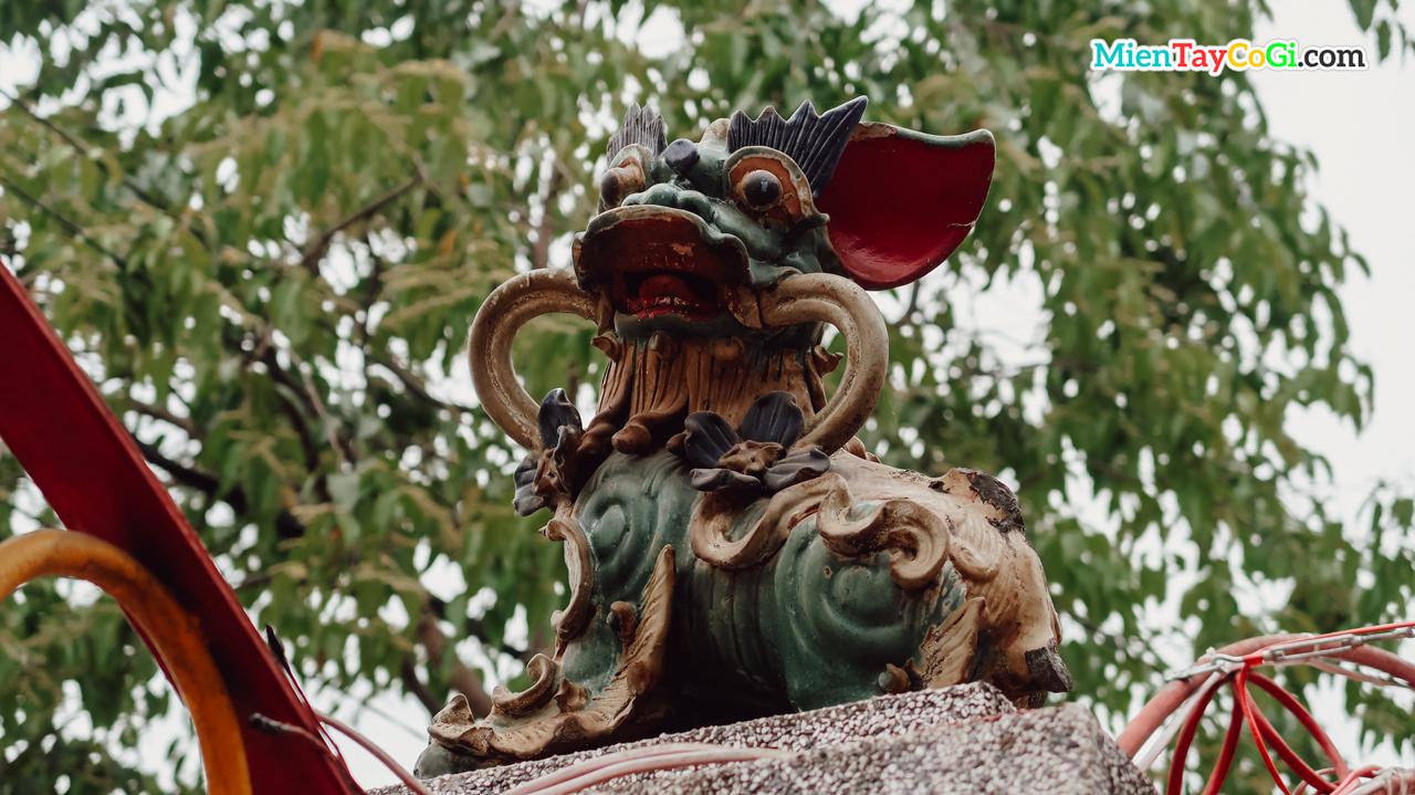 Hình tượng Lân Sư ở trước cổng
