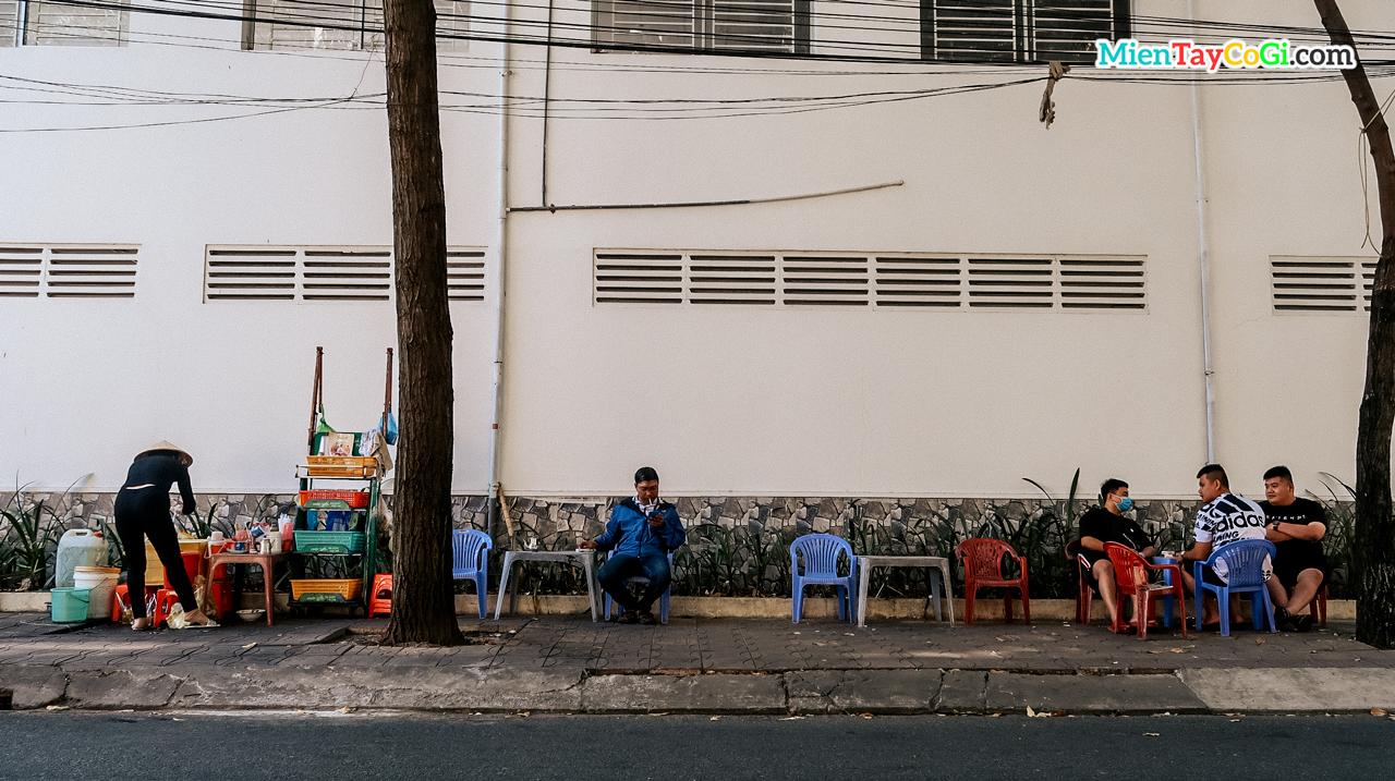 Quán cafe vỉa hè ở Cần Thơ
