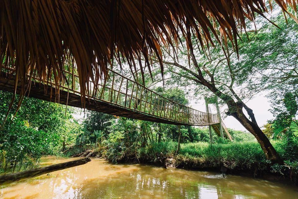 Cầu gỗ