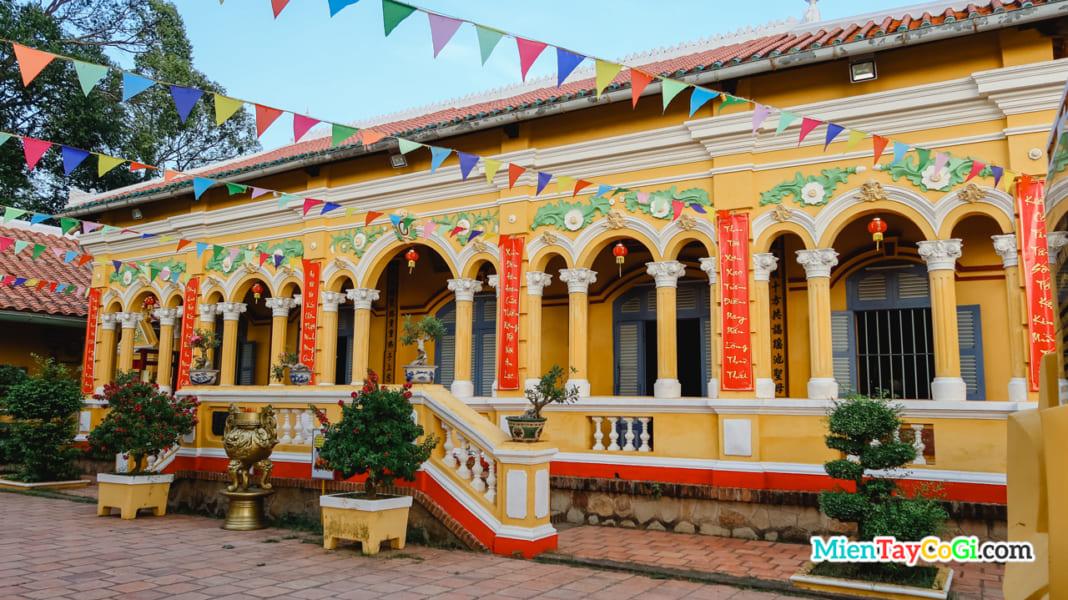 Chánh điện chùa Nam Nhã Bình Thủy Cần Thơ