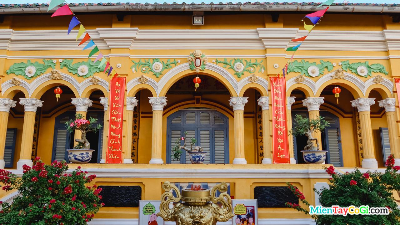 Kiến trúc chánh điện chùa Nam Nhã