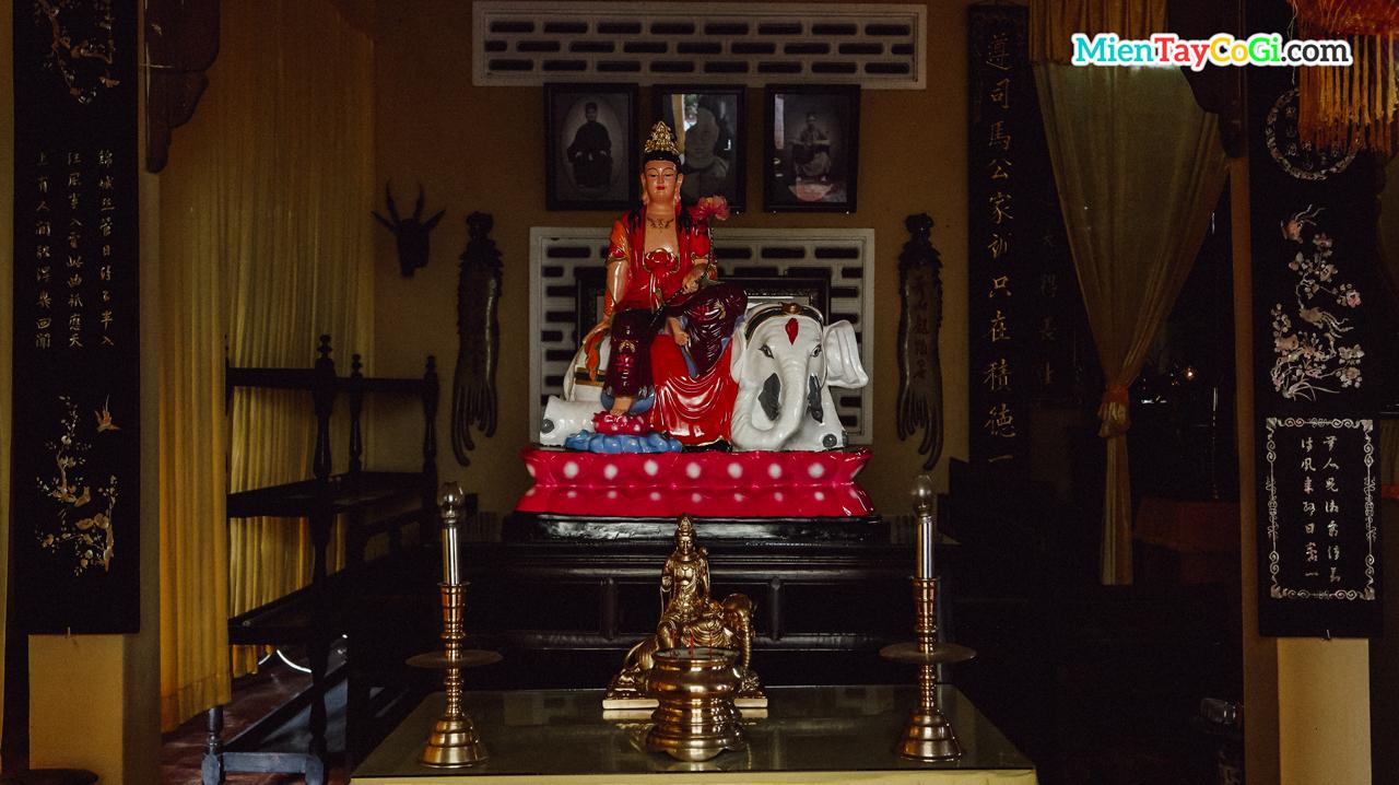 Nơi thờ Văn Thù Bồ Tát chùa Nam Nhã