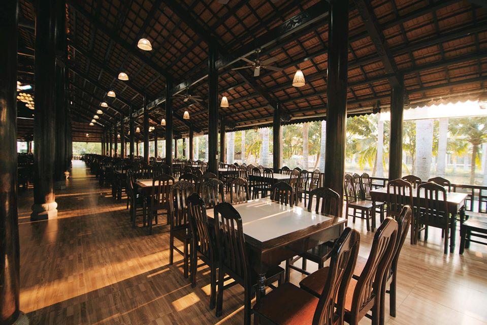 Nhà hàng khu sinh thái Mỹ Khánh