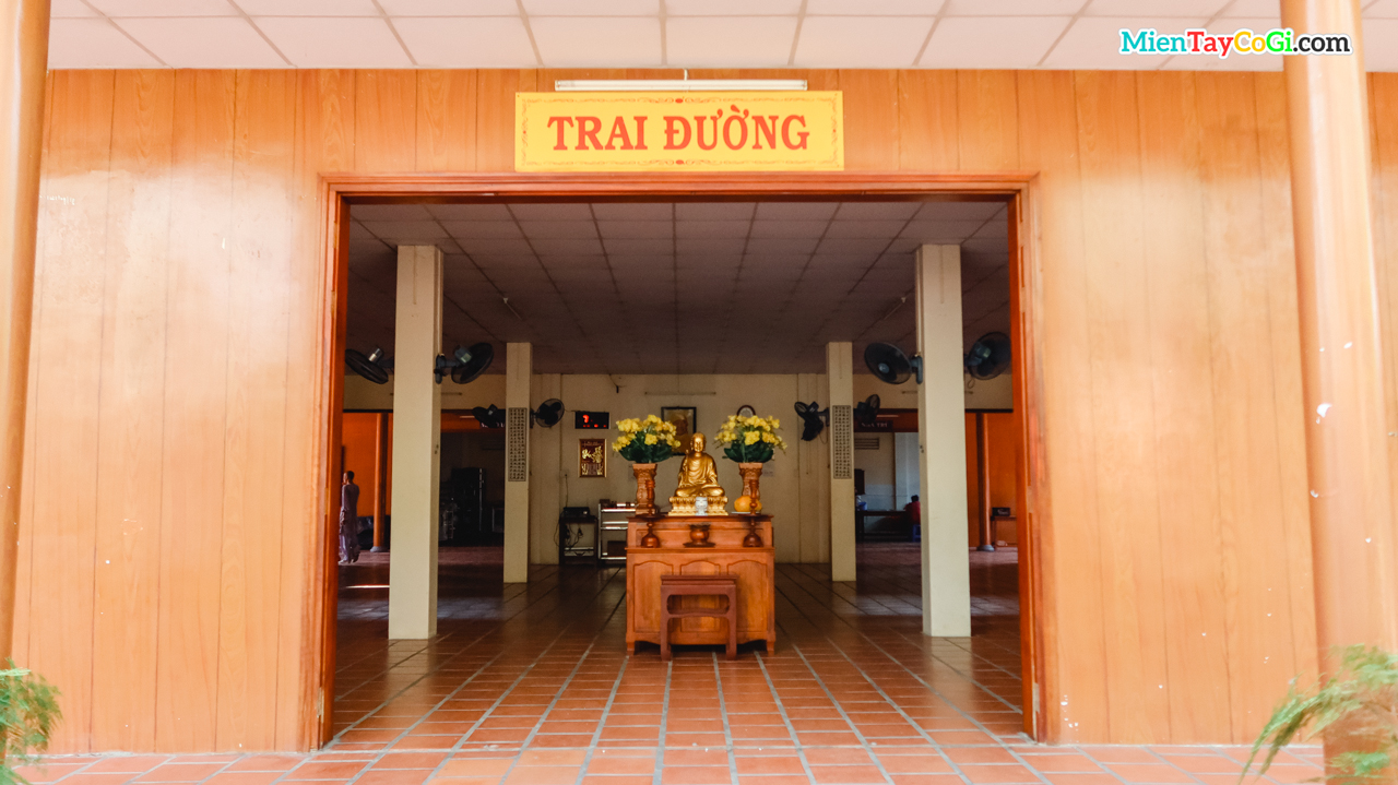 Trai đường Thiền viện Trúc Lâm Phương Nam