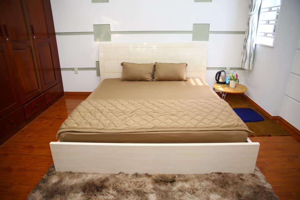 Bên trong phòng ngủ