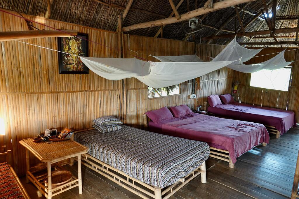 Bên trong phòng Nguyen Shack homestay Cần Thơ