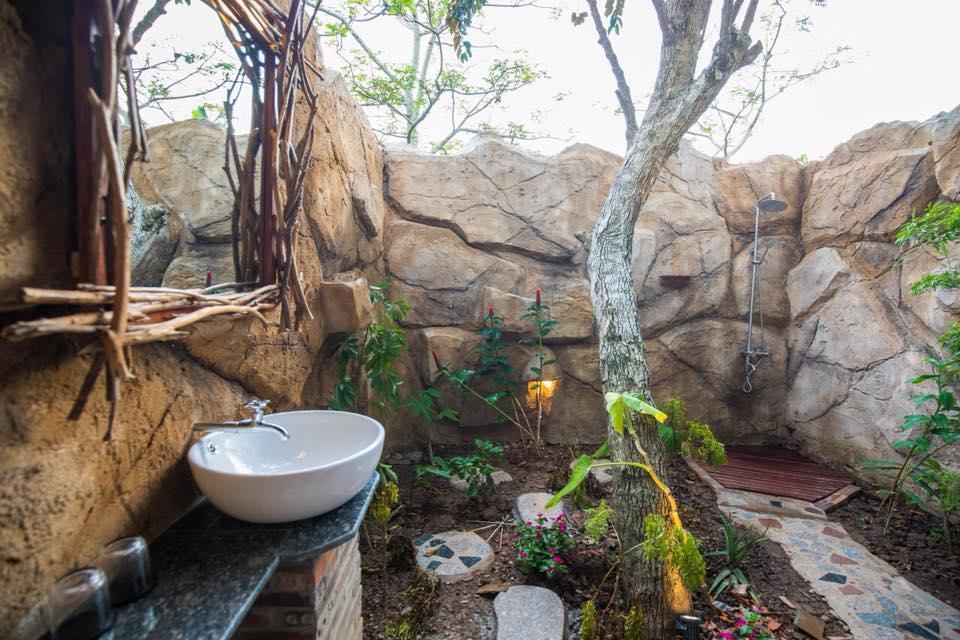 Khu vực tắm lộ thiên