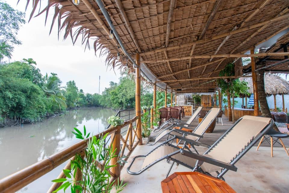Khung cảnh ven sông ở Song Ngư homestay