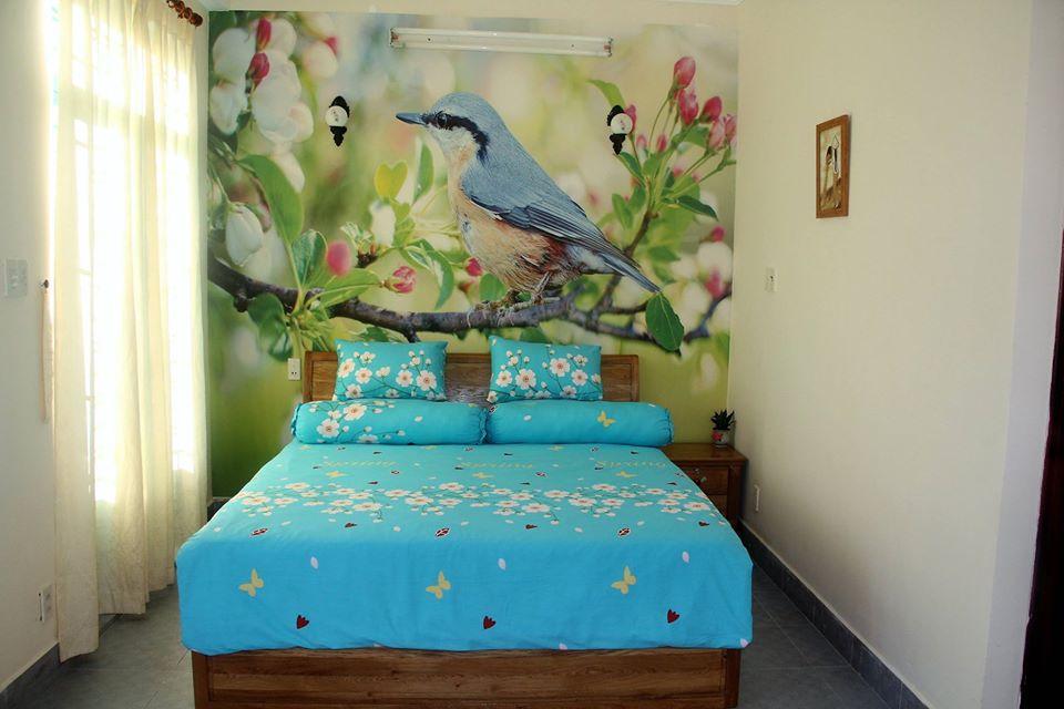Phòng mùa xuân ở Winter Spring homestay Cần Thơ