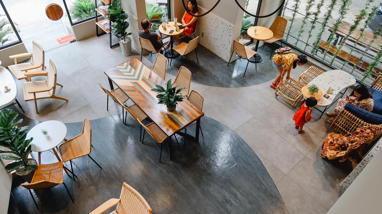Không gian bên trong La Rose Cafe Cần Thơ
