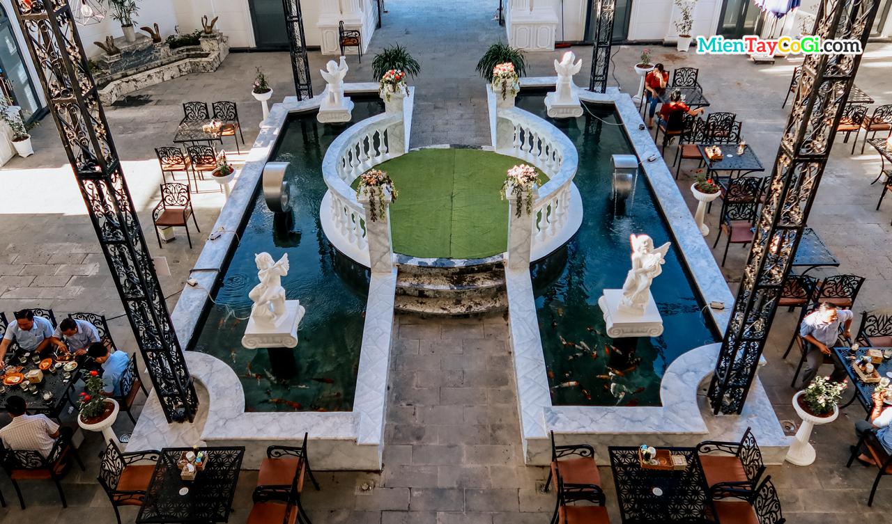 Không gian nhà hàng Tây Đô Cần Thơ