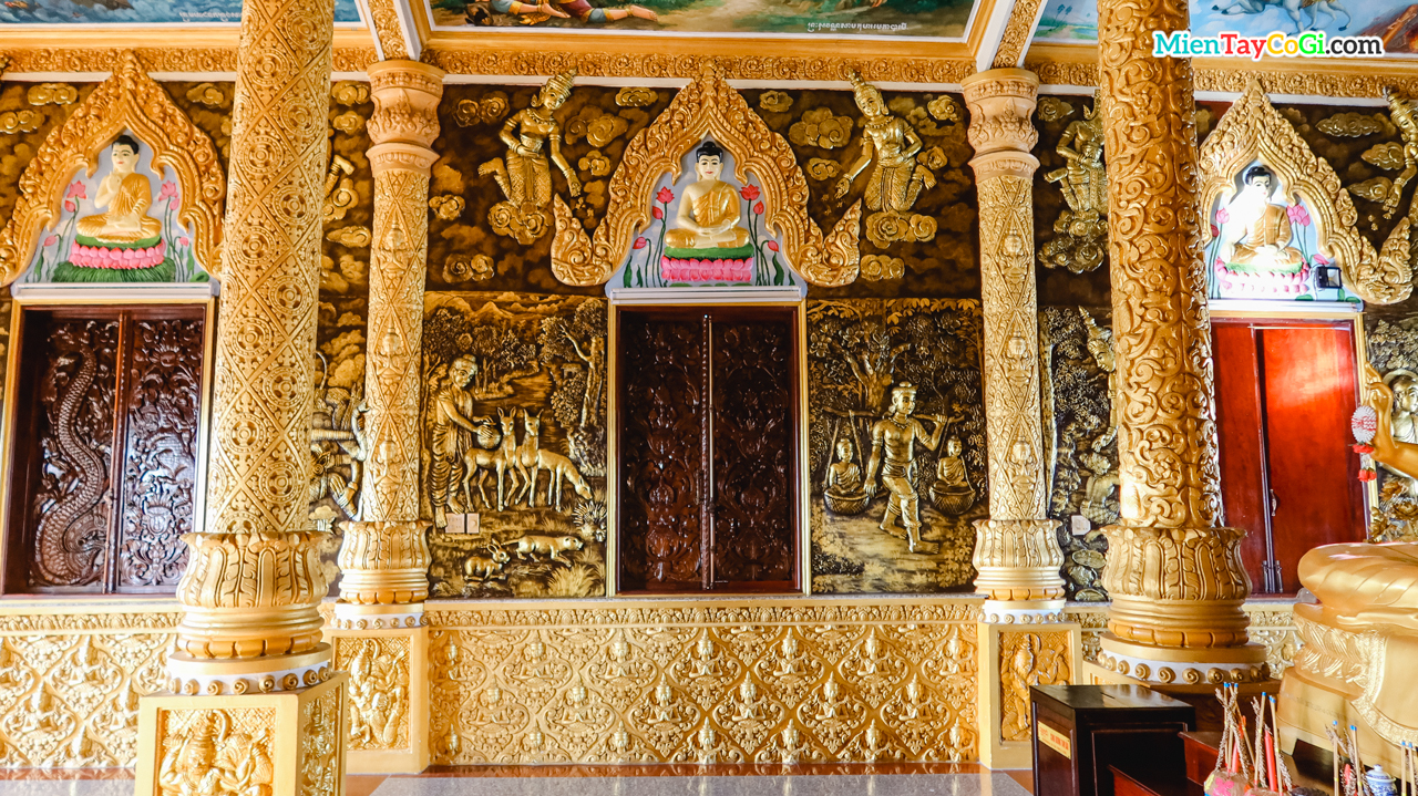 Những bức phù điêu sơn son thếp vàng tại chánh điện