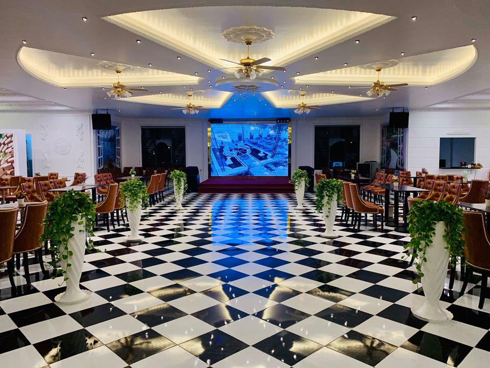 Phòng hội nghị nhà hàng Tây Đô