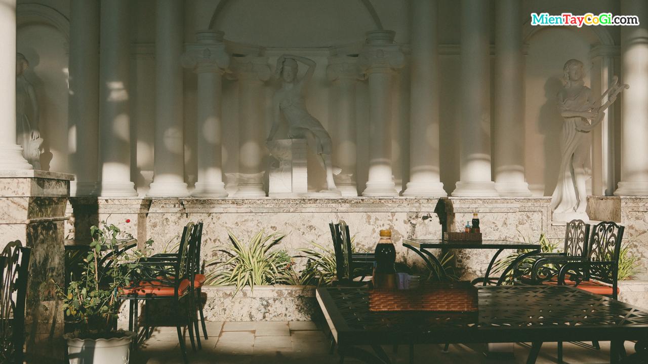 Quán cafe với phong cách cổ điển