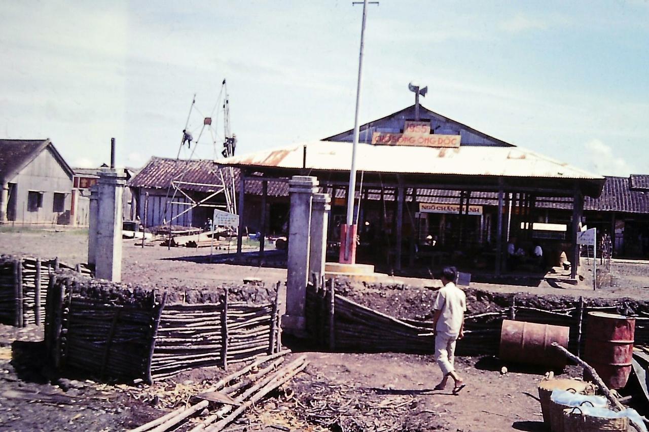 Chợ sông Ông Đốc năm 1968