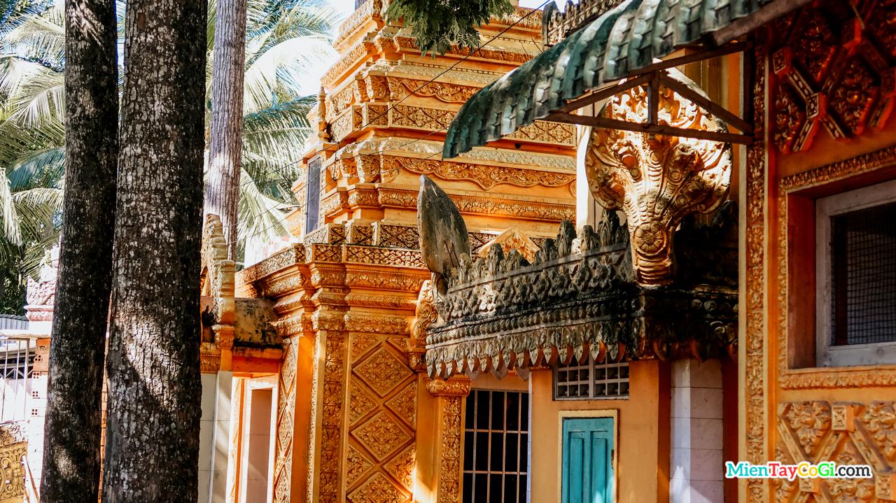 Những ngôi nhà tháp cốt ở chùa Khmer cổ nhất Cần Thơ