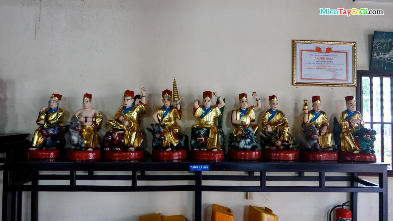 9 trong 18 tượng La Hán cổ xưa của chùa Long Quang cổ tự