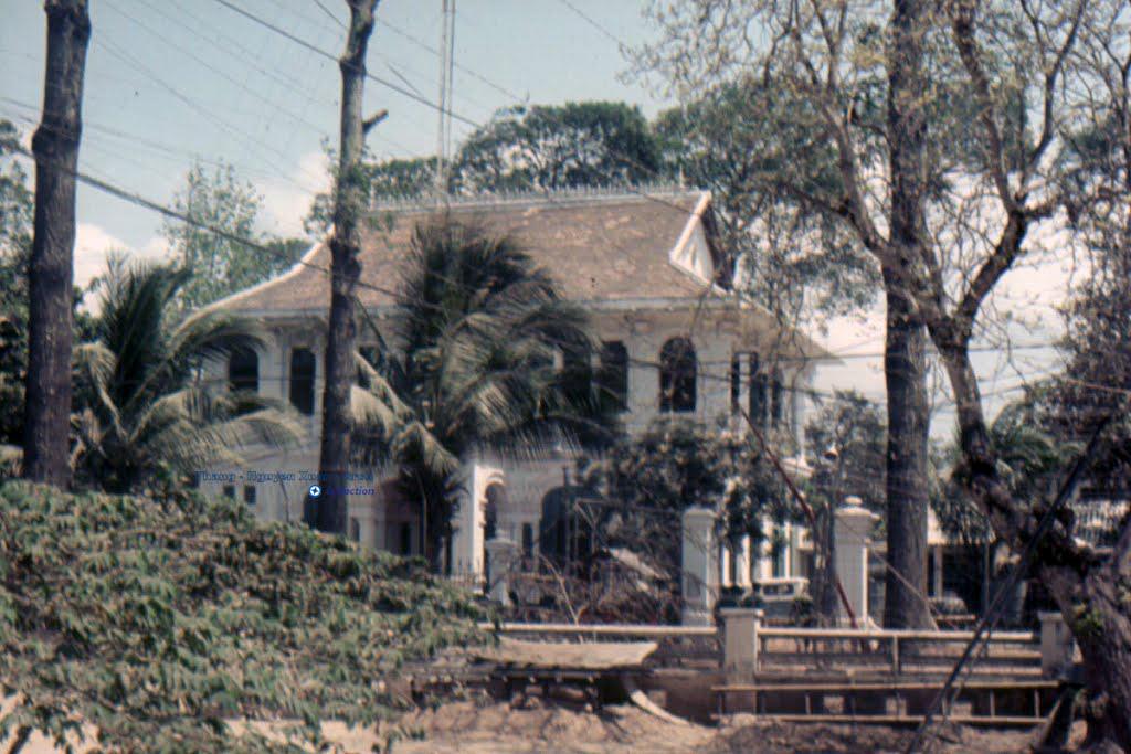 HQ Vĩnh Bình năm 1968 nay là đường Lê Thánh Tôn phường 2 TP. Trà Vinh (Đối diện Công viên Trà Vinh)