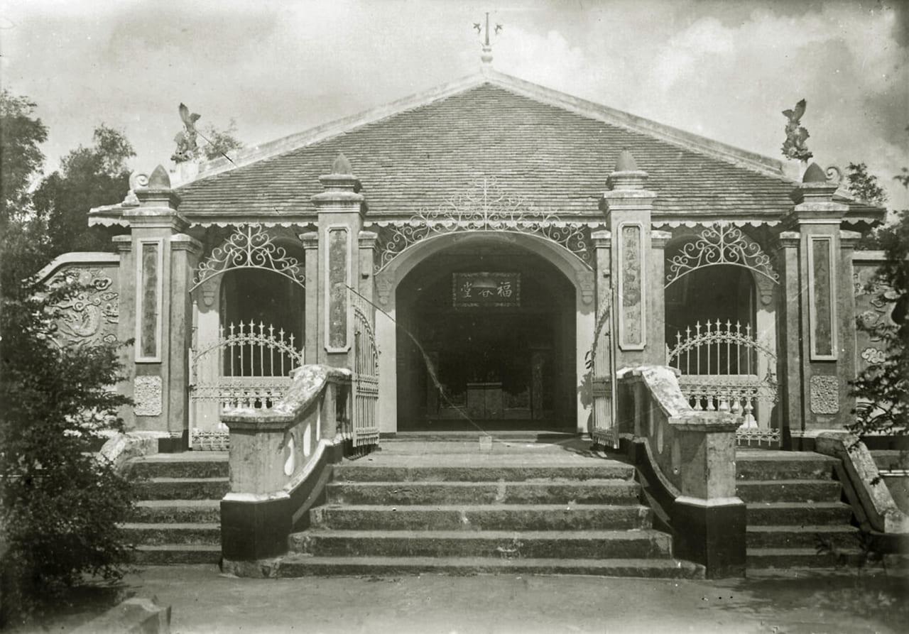 Lăng mộ Ông Xuyên - một phú ông ở Cầu Ngang