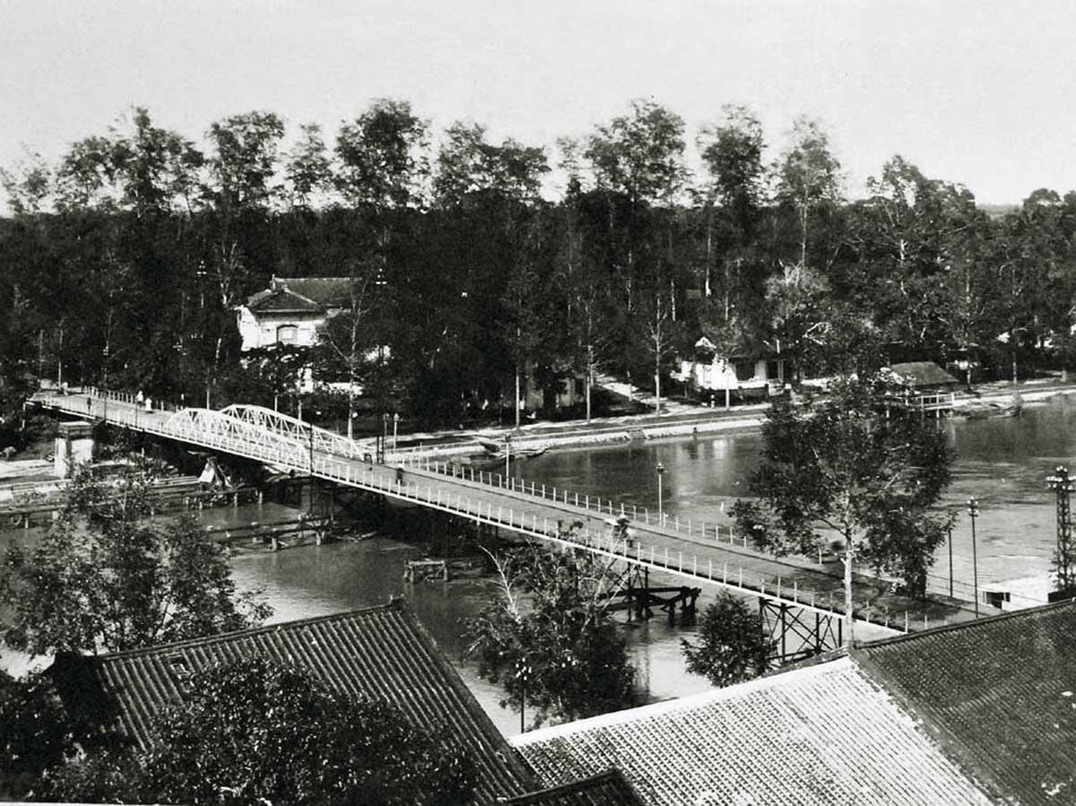 Cầu xưa ở Sa Đéc