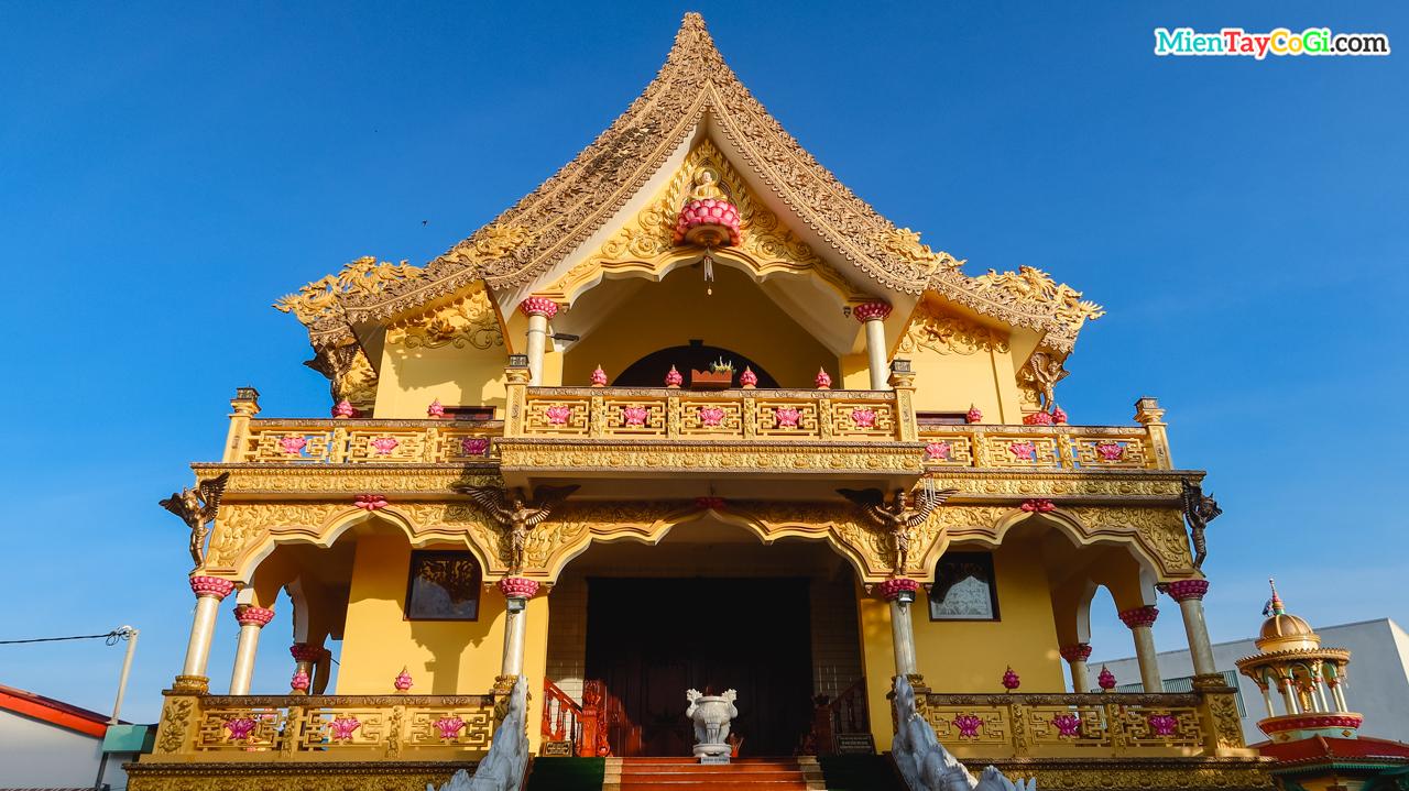 Chánh điện chùa Bửu Pháp Nam Tông Cần Thơ