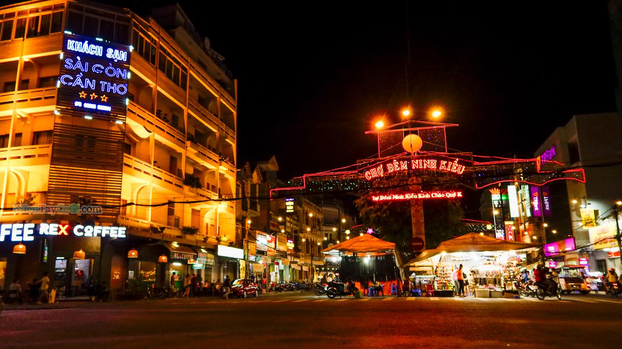 Chợ đêm Cần Thơ về đêm