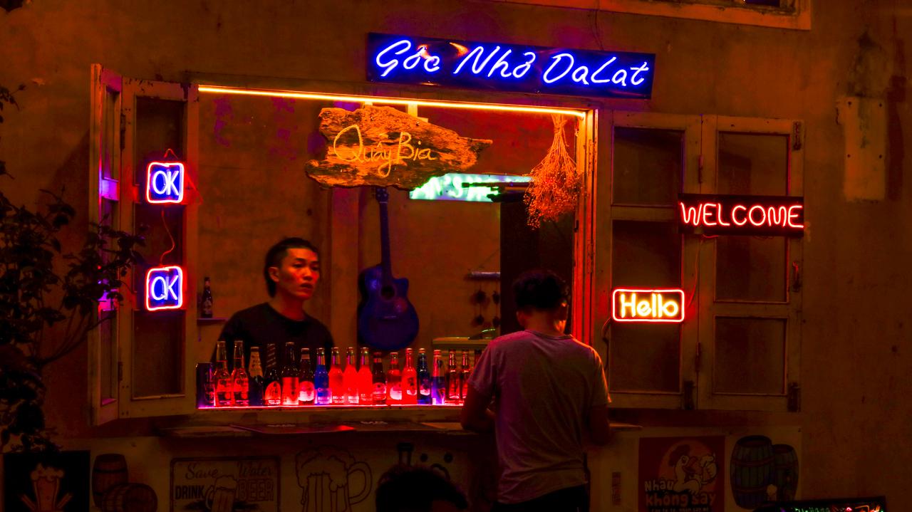 Quầy bar gợi nhớ về Đà Lạt