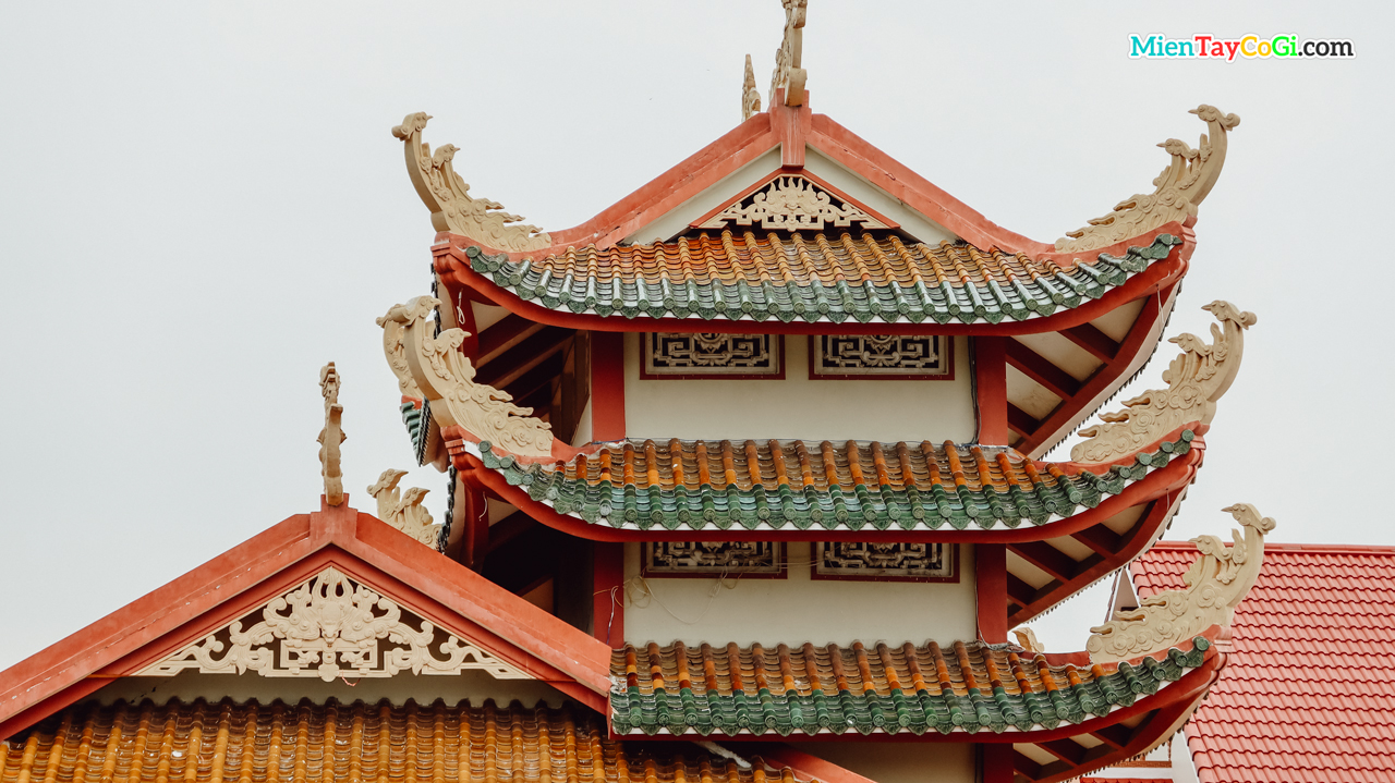 Tháp ngôi 3 tầng
