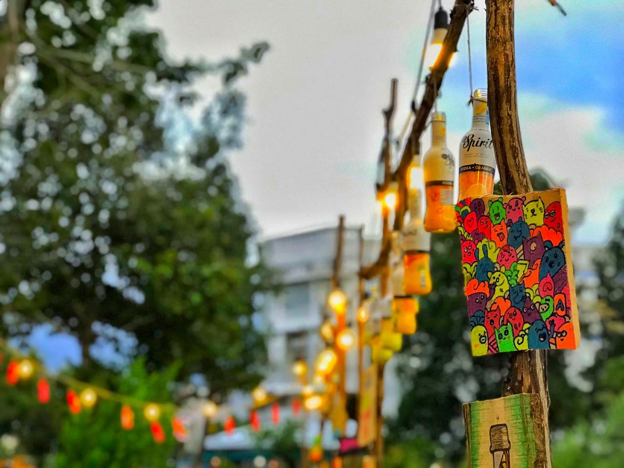Trang trí ở kdc Hưng Phú đều là handmade