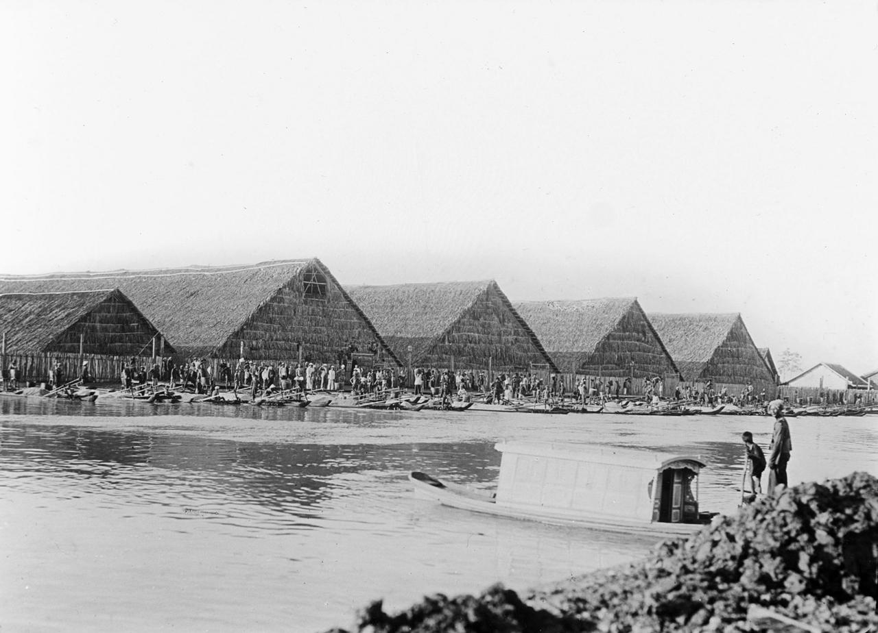 Bóc dở muối Bạc Liêu năm 1929