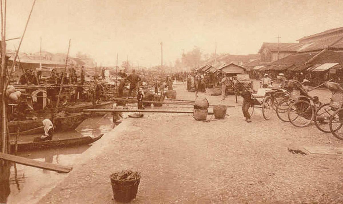 Bến sông phía trước chợ Bạc Liêu thập niên 1920s