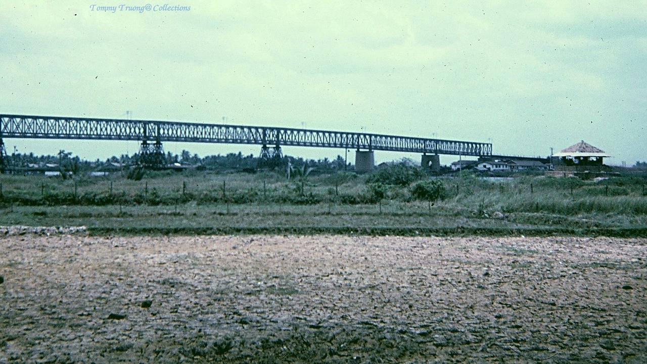 Cầu Bến Lức Tân An năm 1966 - 1967 - Photo by Tom Jackson