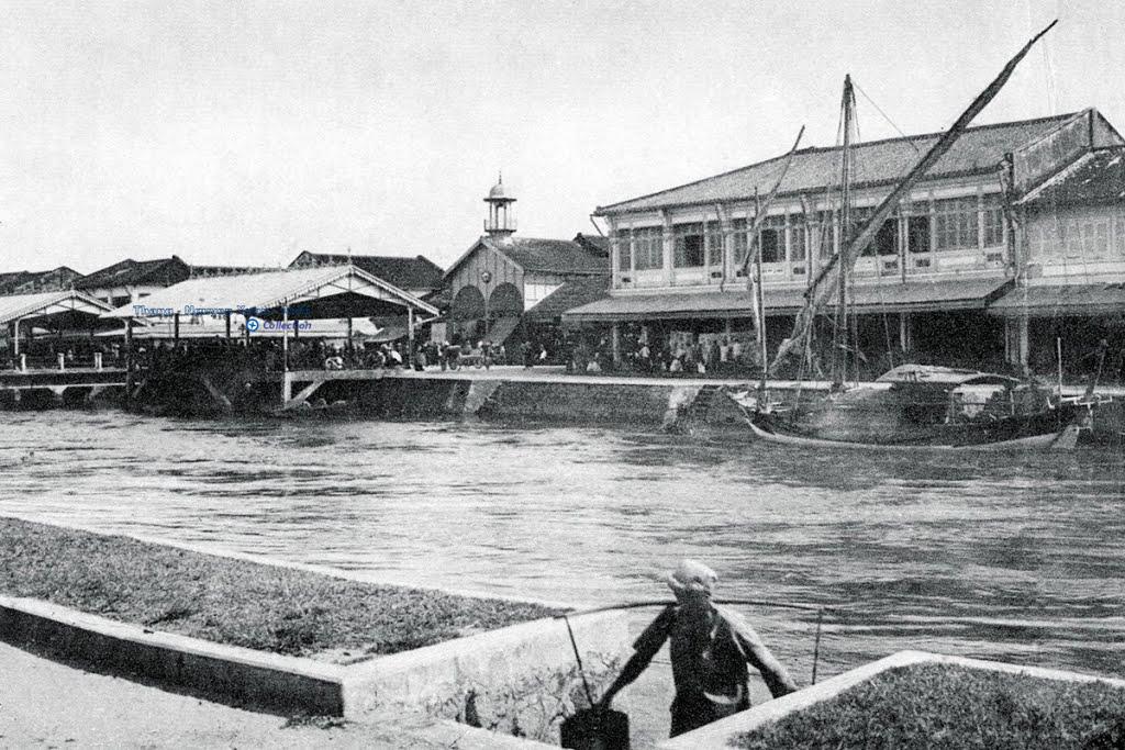 Chợ cá biển Rạch Giá nhìn từ ngân hàng Việt Nam Thương Tín