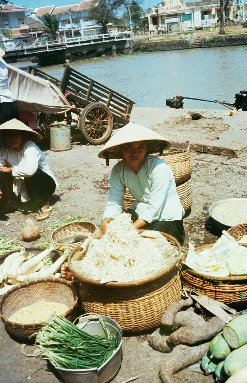 Người bán rau ở miền Tây năm 1968