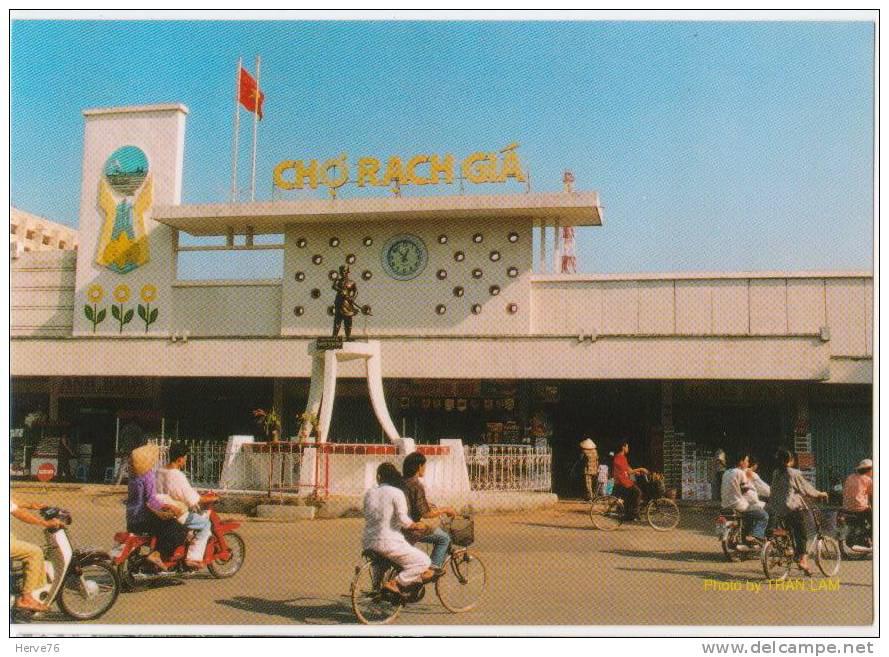 Đến thời VNCH phía sau chợ Rạch Giá đặt tượng ông Nguyễn - Người anh hùng kháng chiến chống Pháp bị hành hình ngay tại vị trí đó