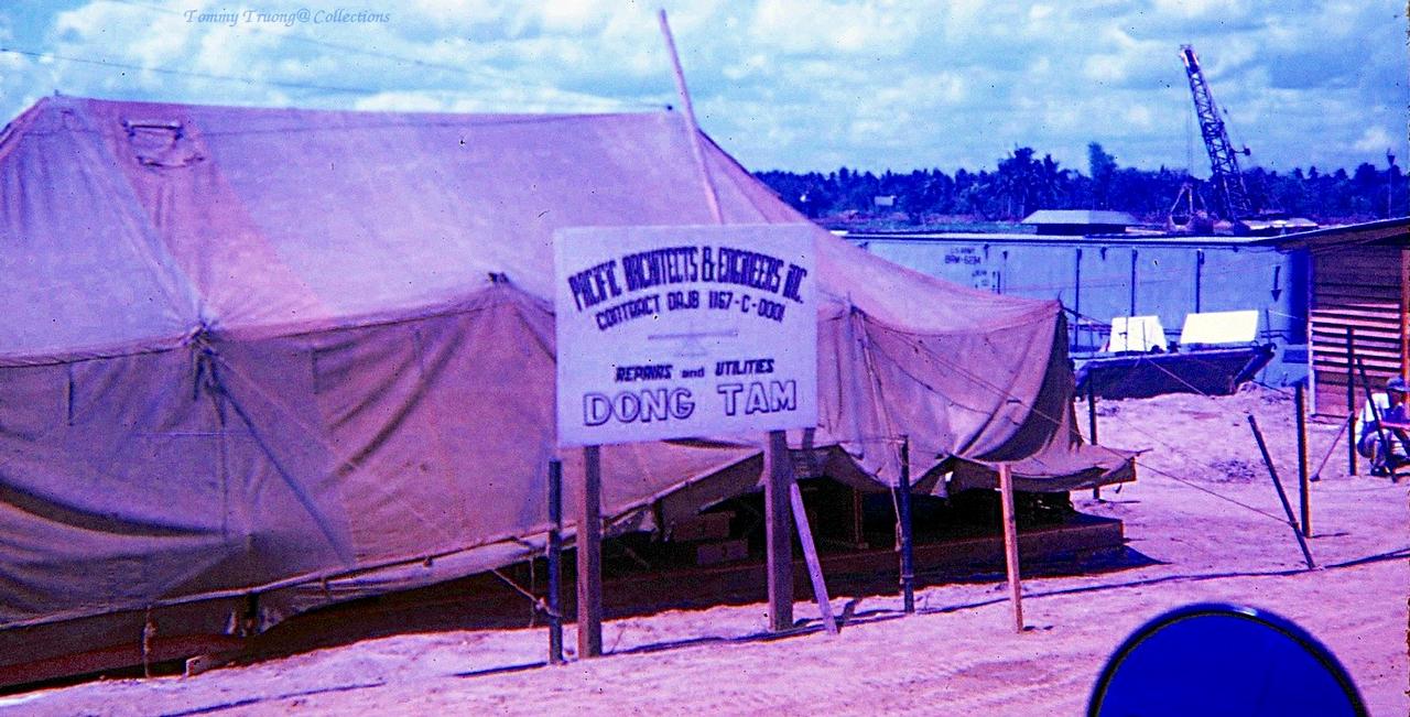 Chốt cắm trại của quân đội Mỹ ở Đồng Tâm năm 1967 | Photo by Tom Jackson