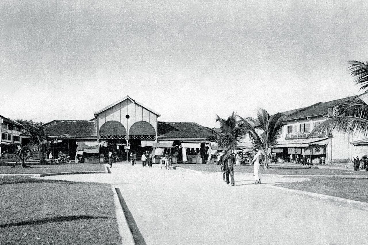 Mặt sau chợ Rạch Giá xưa