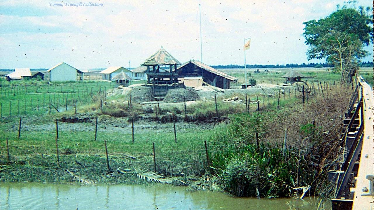Nơi cắm trại của quân đội Mỹ tháng 11 năm 1966 ở Tân Trụ, Tân An, Long An | Photo by Tom Jackson